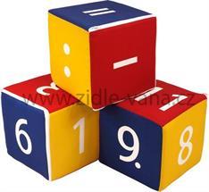 Sada hracích kostek - čísla a symboly